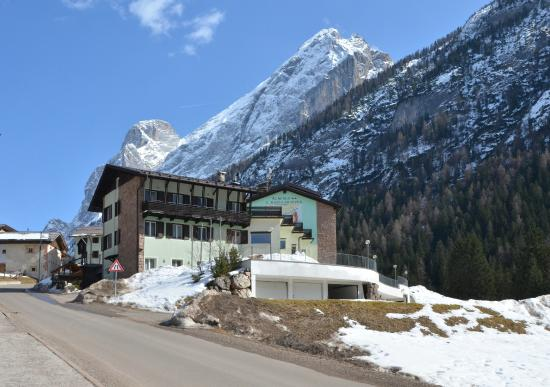 Výsledek obrázku pro Itálie / Val di Fassa / Hotel Santa Maria ad Nives **