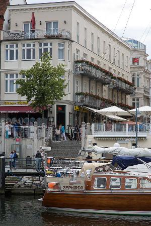 Aparthotel stephan jantzen bewertungen fotos for Hotels in warnemunde mit meerblick