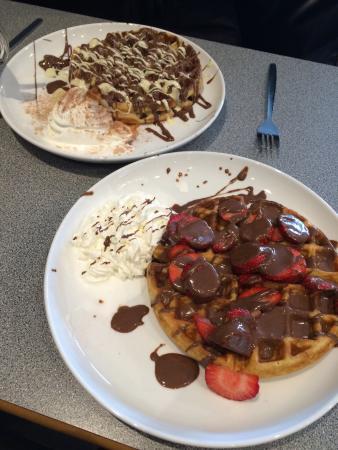 Maddies Gelato & Waffle Bar