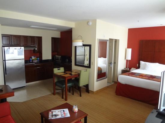 Residence Inn Beverly Hills: habitación