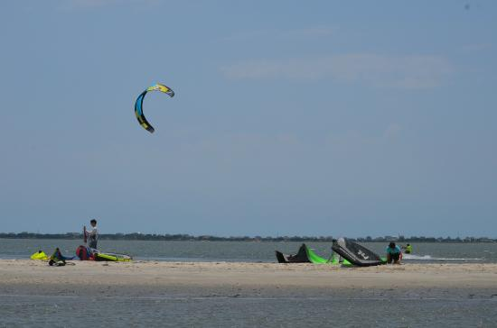 Blown Kiteboarding: Blown Island