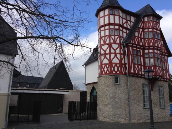 Bischofliches Haus