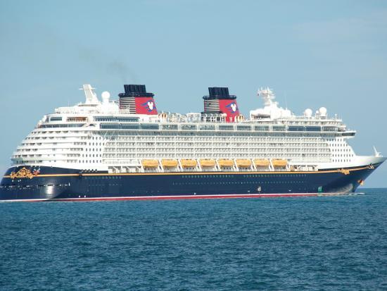 Sandy Point, Île de Great Abaco : Disney Dream