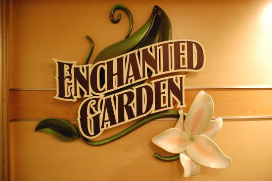 Sandy Point, Isla de Gran Ábaco: Enchanted garden