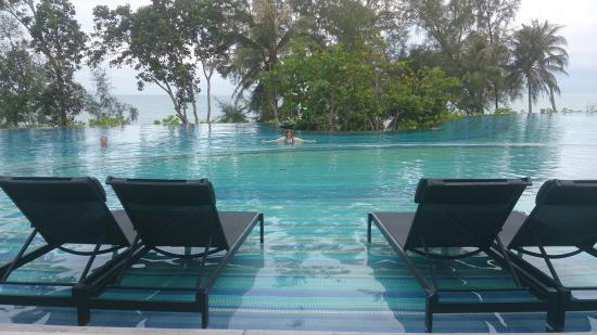 Pullman Phuket Arcadia Naithon Beach: beautiful infinity pool