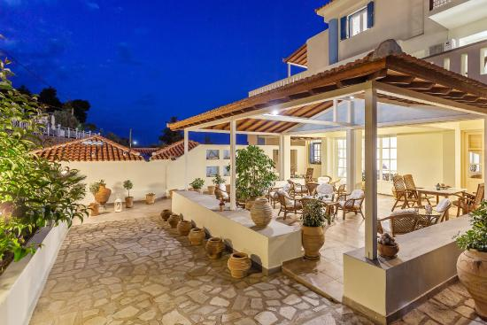 Stafylos suites boutique hotel updated 2017 reviews for Boutique hotels greece
