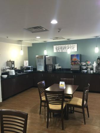 Sleep Inn Airport: Breakfast Area
