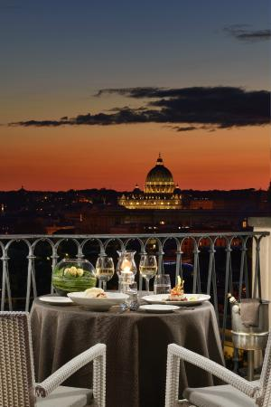 Dinner Set - Picture of Terrazza Roma, Rome - TripAdvisor