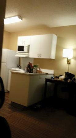 Extended Stay America - Philadelphia - Bensalem: kitchen