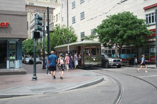 green tram picture of rta streetcars new orleans tripadvisor. Black Bedroom Furniture Sets. Home Design Ideas