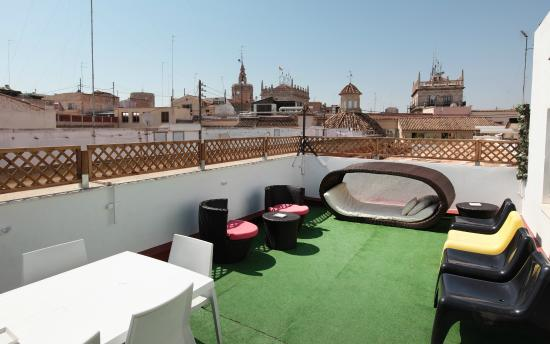 Home Youth Hostel by Feetup Hostels, Valencia, Spain ...