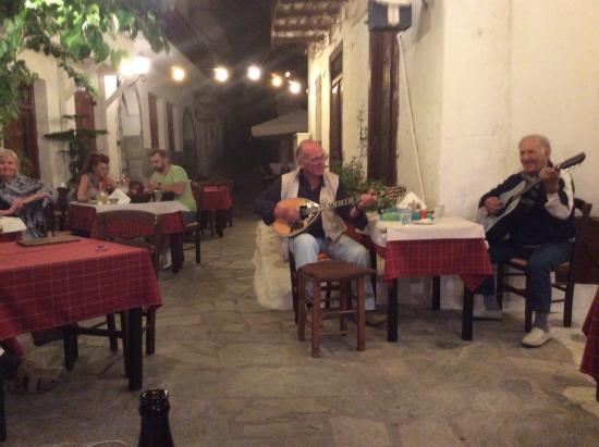 Hotel Costas Mary: Taverna Alexandros