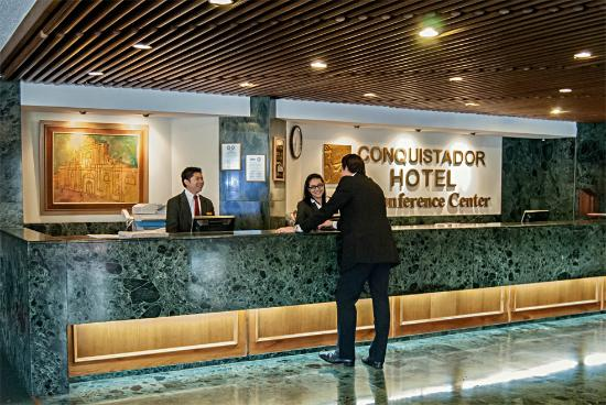 Recepción Conquistador Hotel & Conference Center