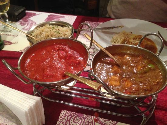 Spice House Indian Restaurant : Various Chicken dishes
