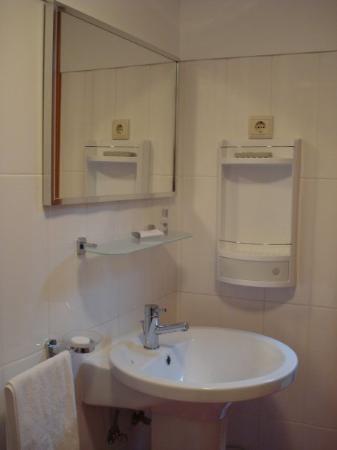 Casa do Chafariz: Casa banho quarto 4