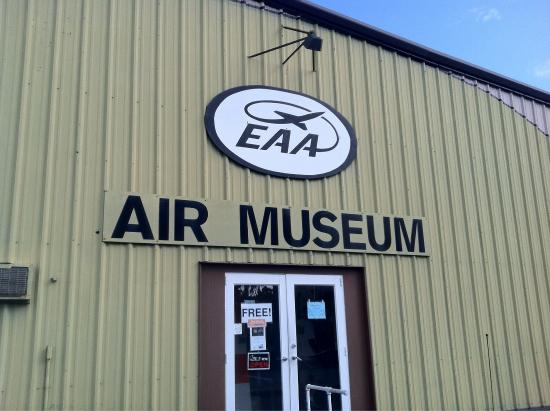 EAA Air Museum : Various exhibits at EAA Museum