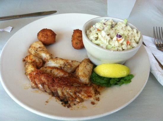 Apalachicola Riverwalk Cafe: Lunch
