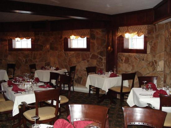 Glynmill Inn : Wine Cellar-Evening Steakhouse