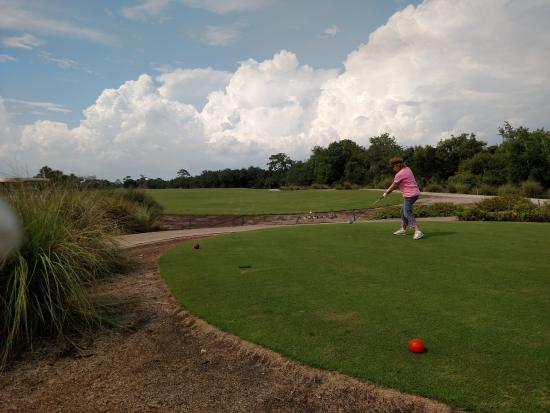 Raptor Bay Golf Club: Teeing off on the Osprey course