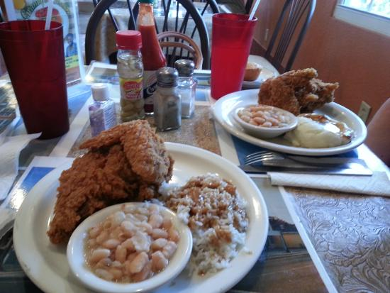 Granny's Kitchen: Southern fried chicken!