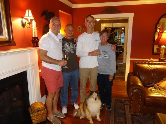 Lambert's Cove Inn: Scott and Kell
