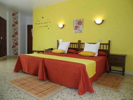 Hotel Arboleda: Habitación