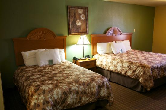 Coach Light Inn Brenham: room
