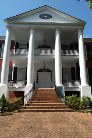 Natchez, MS: Front entrance to the Estate