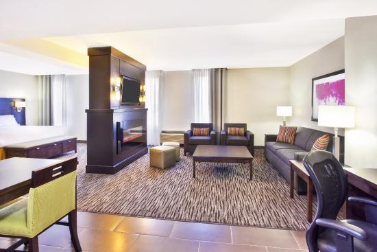 هوليداي إن إكسبرس سولت ستي ماري: King Bedroom Suite