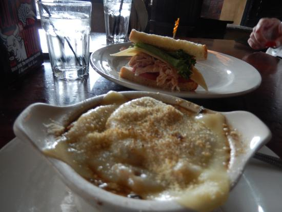 Bacchus Pub: French Onion soup and ham/cheese sandwich