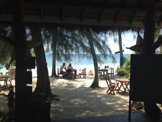 Secret Beach Bungalows: the view from the beach bar/restaurant