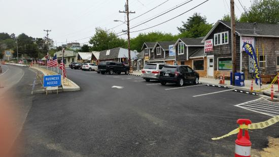 Rock Your World: Pacific Northwest Gem & Jewelry Gallery: Lots of parking now!