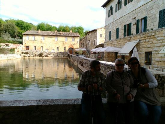 Il loggiato foto di terme bagno vignoni bagno vignoni tripadvisor - Bagno vignoni b b ...