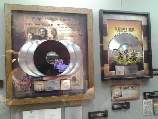 Ralph Stanley Museum: GREAT MAN