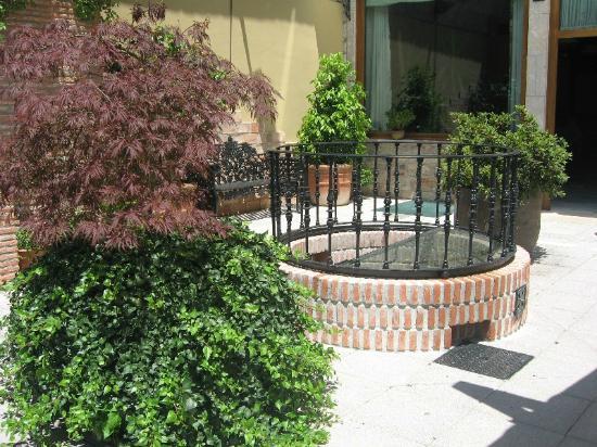 La Pontiga .: Detalle del patio