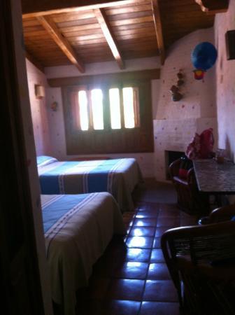 Hotel La Casona: Entrada a la habitación