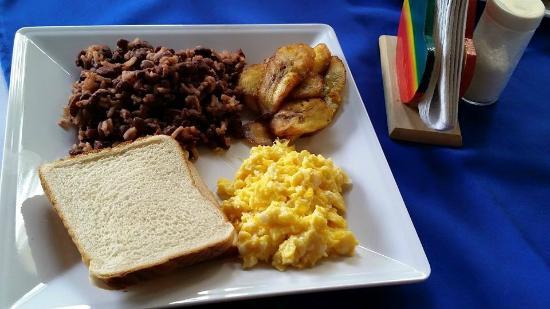 Royal Marinas Hostal: Breakfast