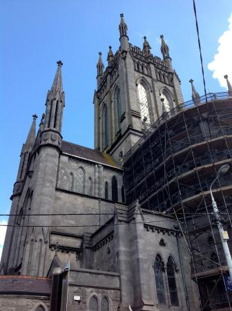 Kilkenny, Irland: The tower, apse and south transept