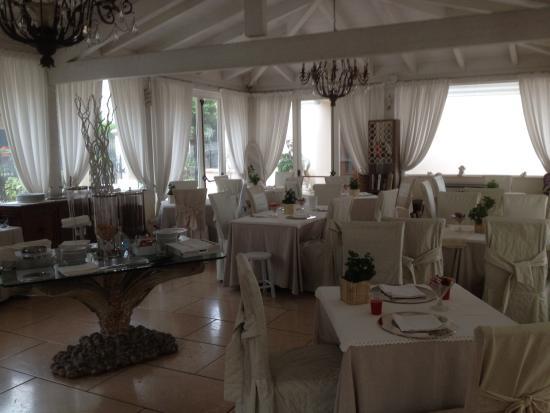 Hotel Vandelli: Breakfast room