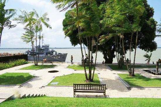 fotos jardim cultural:Jardim – Foto di Espaco Cultural Casa das Onze Janelas, Belem