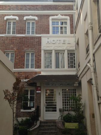 Hotel Le Pavillon Paris