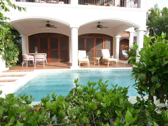Cap Estate, Σάντα Λουσία: our pool and room