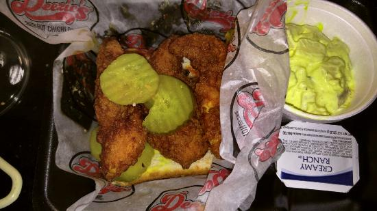 Deezie's: 3 piece tenders Xtra hot with potato salad