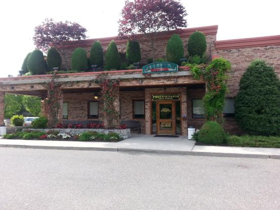 Italian Restaurants Near Smithtown