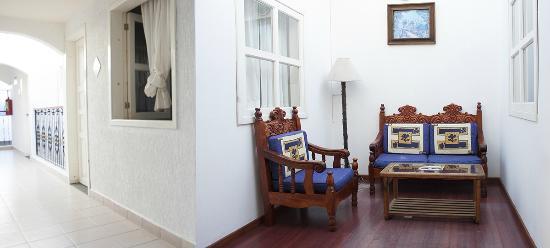 Hotel Dulce Luna: Area comun y pasillo
