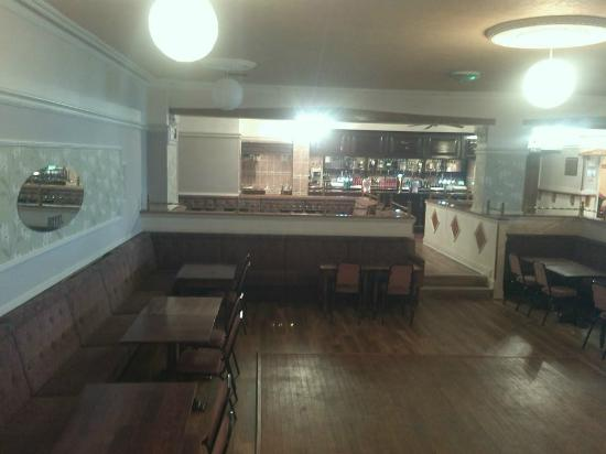 Interior - The Commercial Hotel: 14