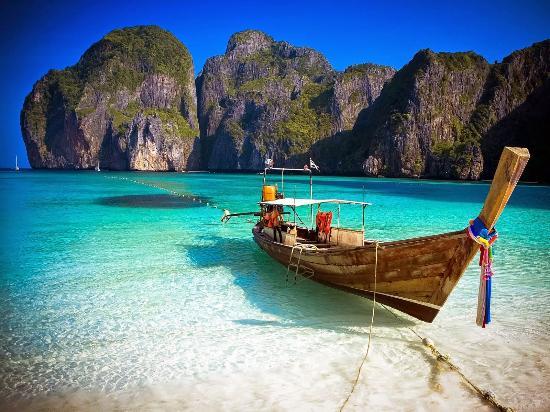 Patong Beach : Phi Phi Island