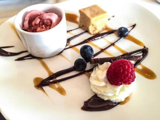 Varanese: Delicious Dessert Sampler