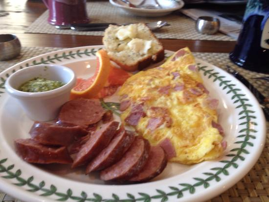 Historic Smithton Inn : One of the delicious meals