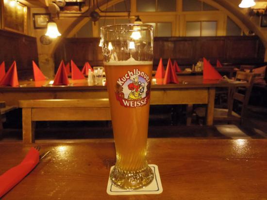 Dicker Mann: ビールと店内